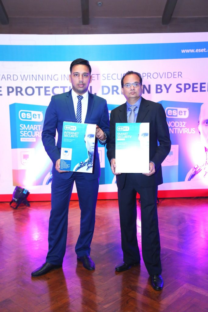 mr-parvinder-walia-sales-and-marketing-director-apac-eset-mr-ravi-lakshman-k-ceo-sakari-it-solutions-pvt-ltd
