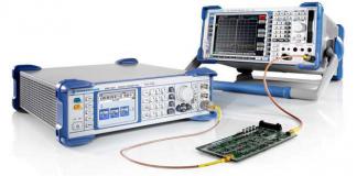 RF-Microwave-Signal-Generator