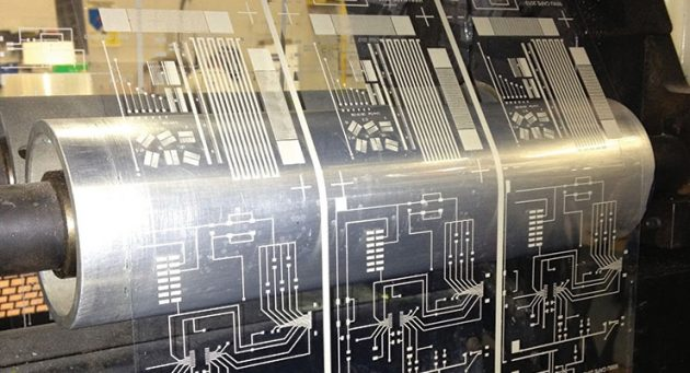Screen Printed Circuits : Metal printing on stretchable sheets future of