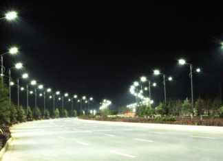 14 million street lights to be replaced by energy efficient LEDs in India