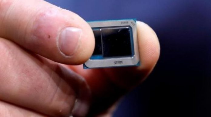Intel aims for supply chain edge with new data center chip